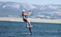Ga je ook zo mee in de kitesurf foil/hydrofoil hype?